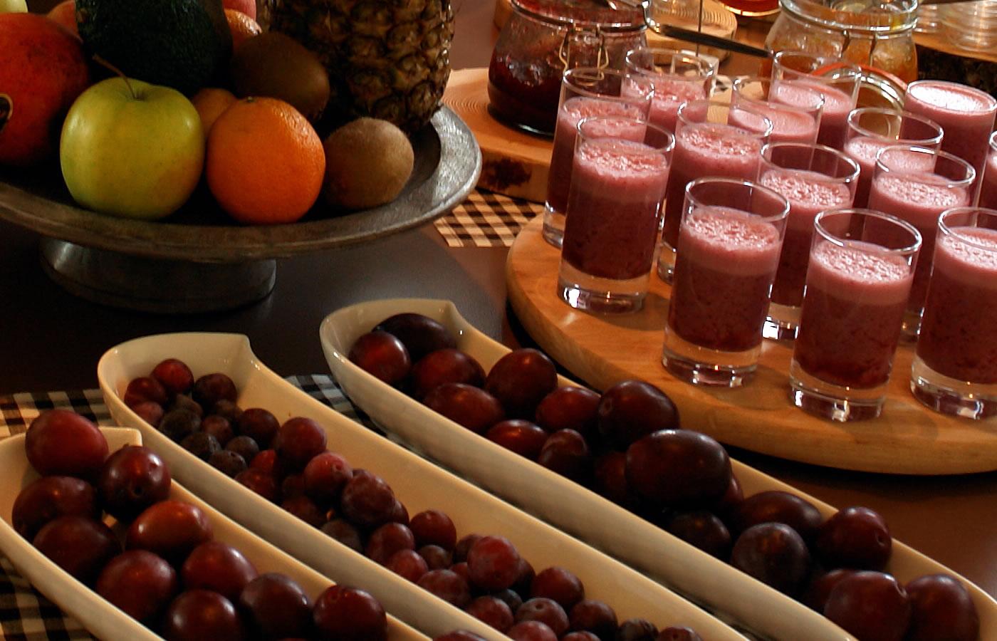 Frühstücksbuffet des Hotels. Natürlich in Fiss - Österreich