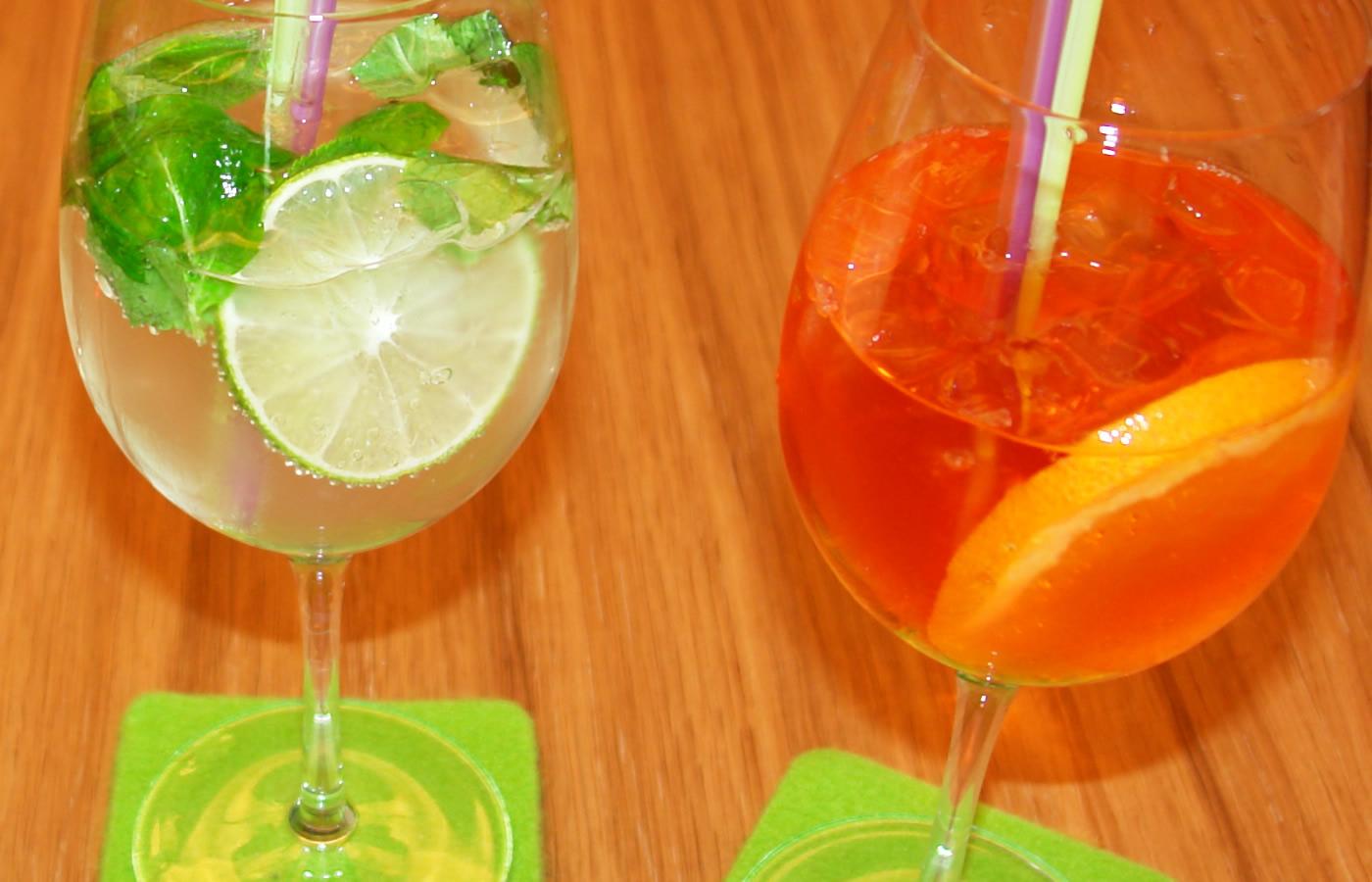 Trendige Drinks in der Natürlich. Hotelbar. Entspannen in Serfaus-Fiss-Ladis.